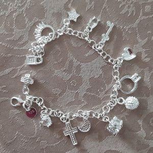 Jewelry - 925 sterling silver charming bracelet